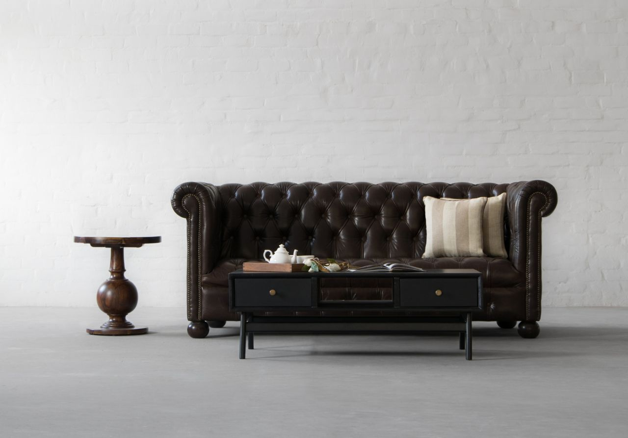 curb the winter woes with our manchester chesterfield sofa. Black Bedroom Furniture Sets. Home Design Ideas