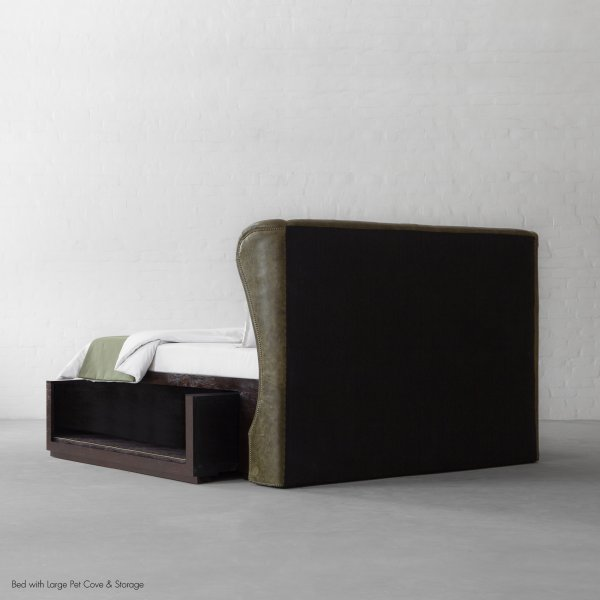 Wingback Bed with Pet Cove
