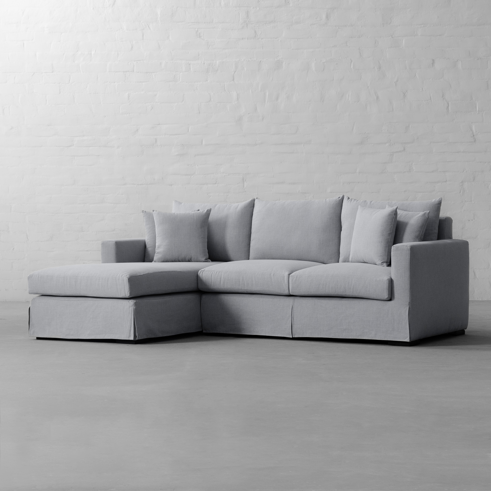 Chaise Sectional-California