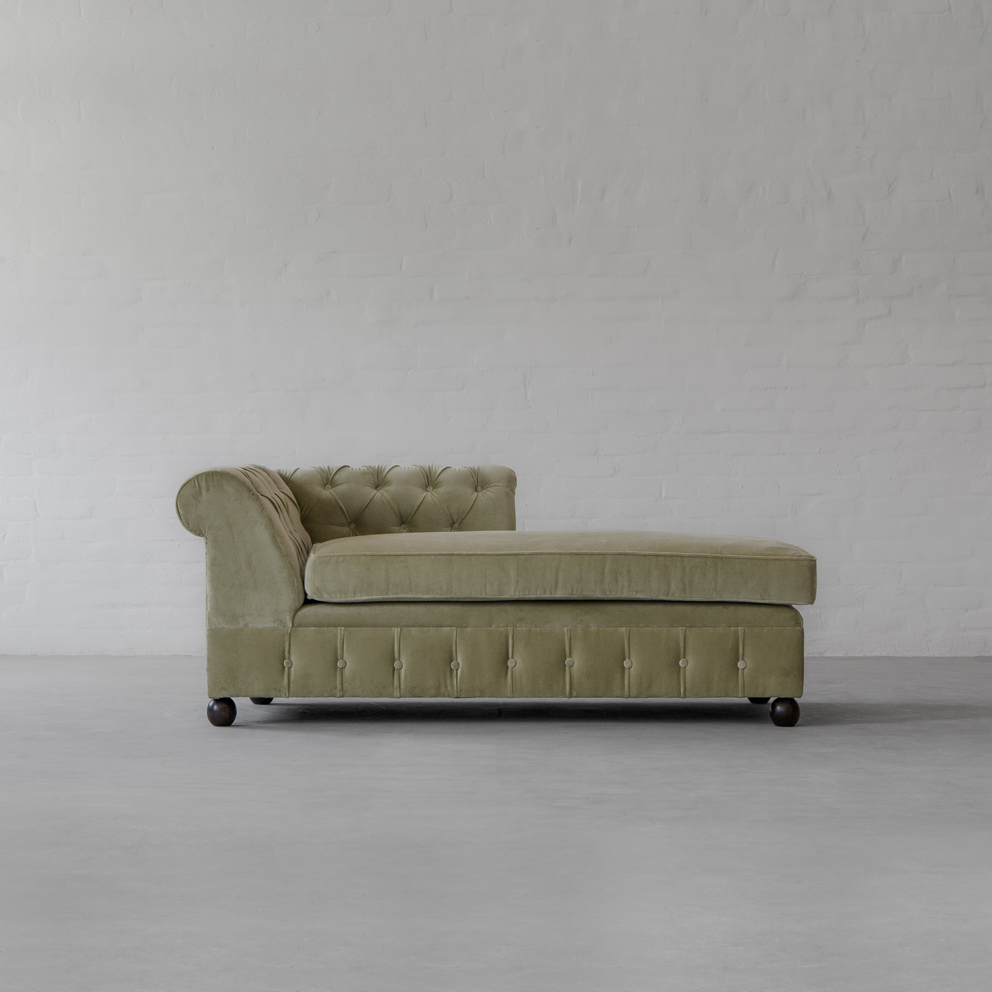 Chesterfield Chaise Sectional Sofa- X LARGE