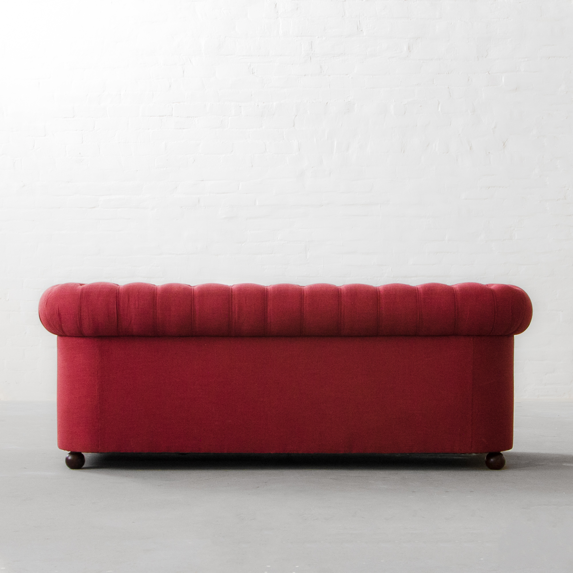 Classic Chesterfield Sofa Collection