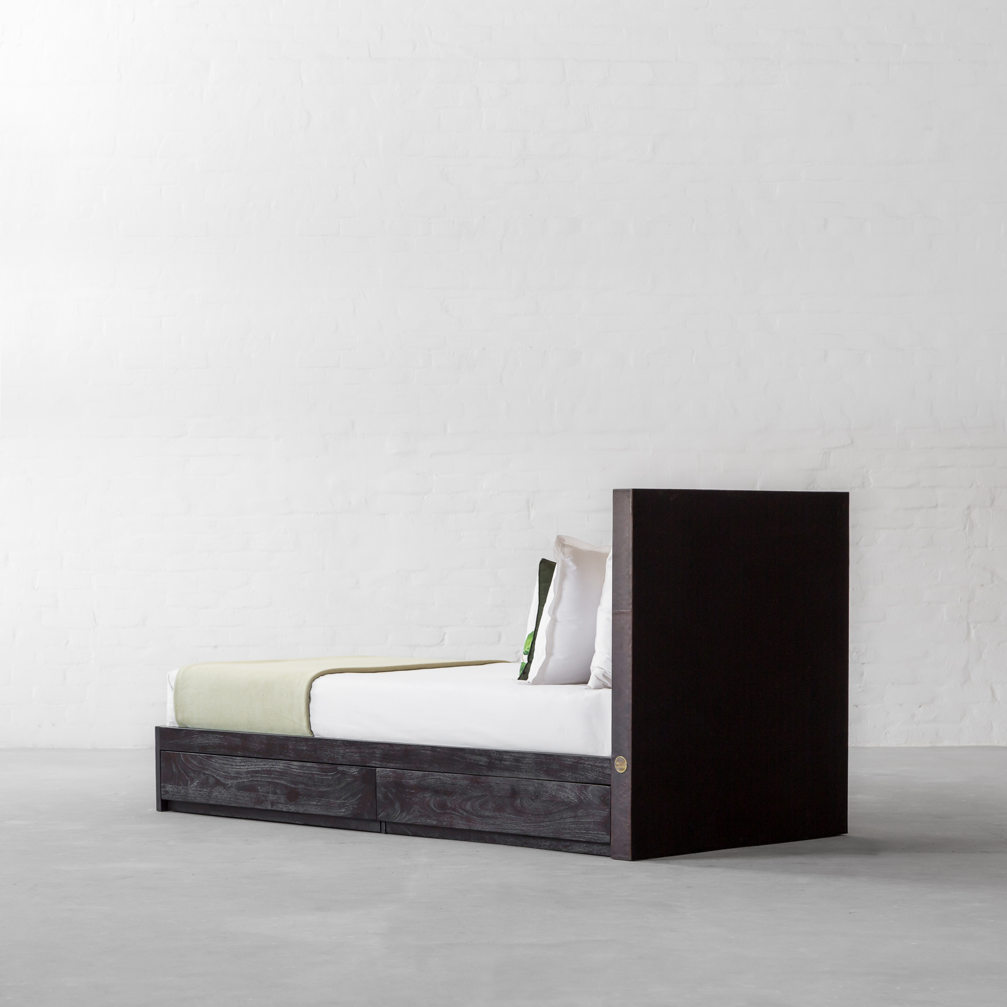 EDWARD BED COLLECTION - SINGLE BED