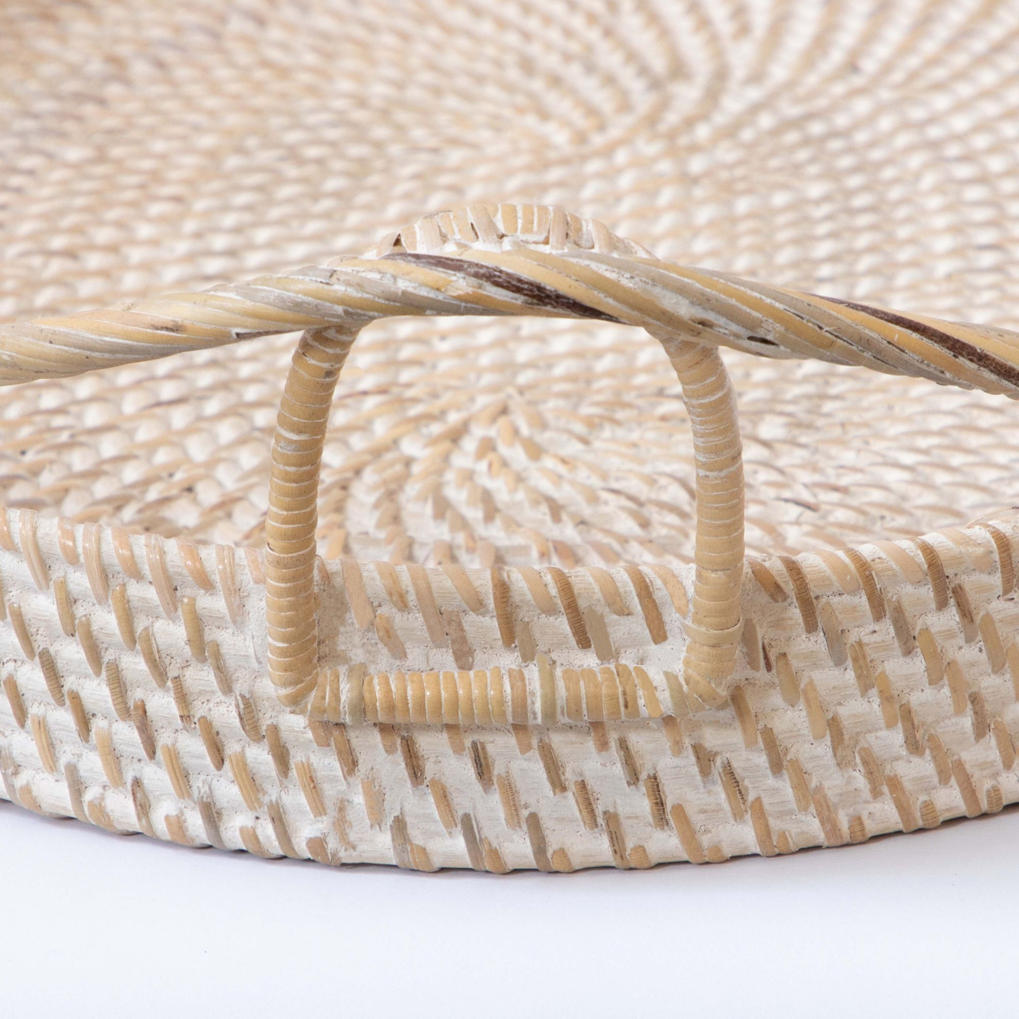 Hata Oval Tray With Decorative Celtic Handles – Beach Ivory