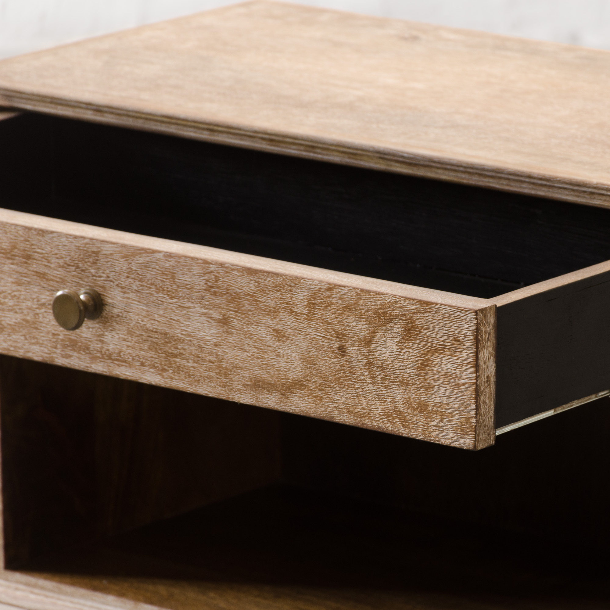 Stan Side Table