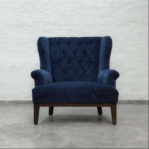 Loveseat tufted