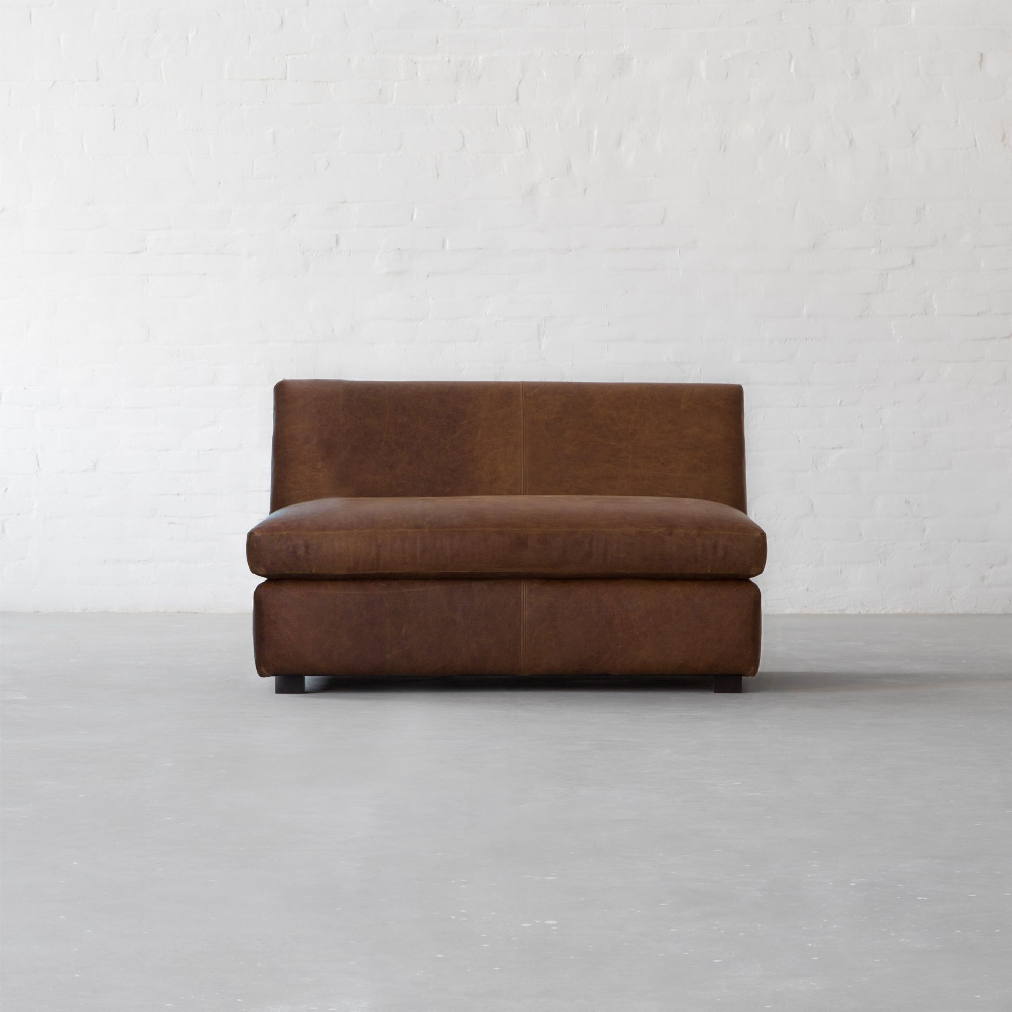 Manor Leather - L Shape Xtra Large Sectional With Chaise