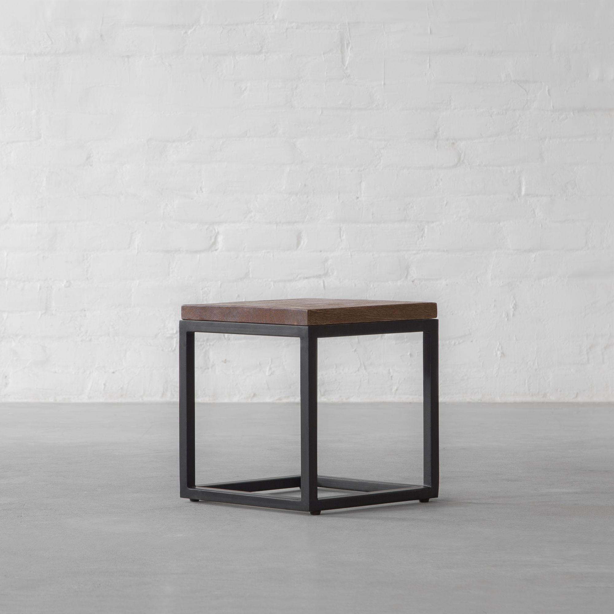 Will Nesting Side Table