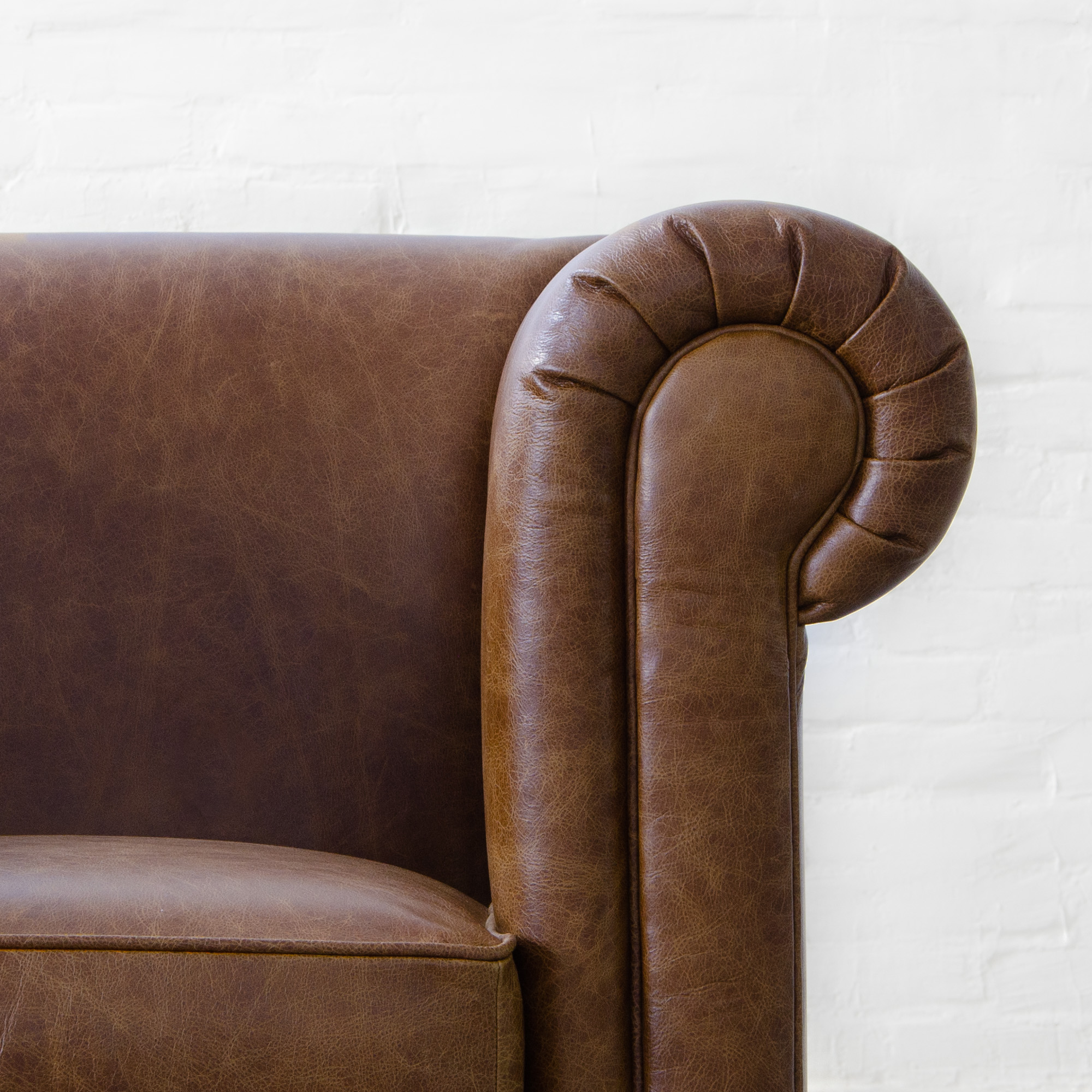 Oxford Chesterfield Sofa Collection