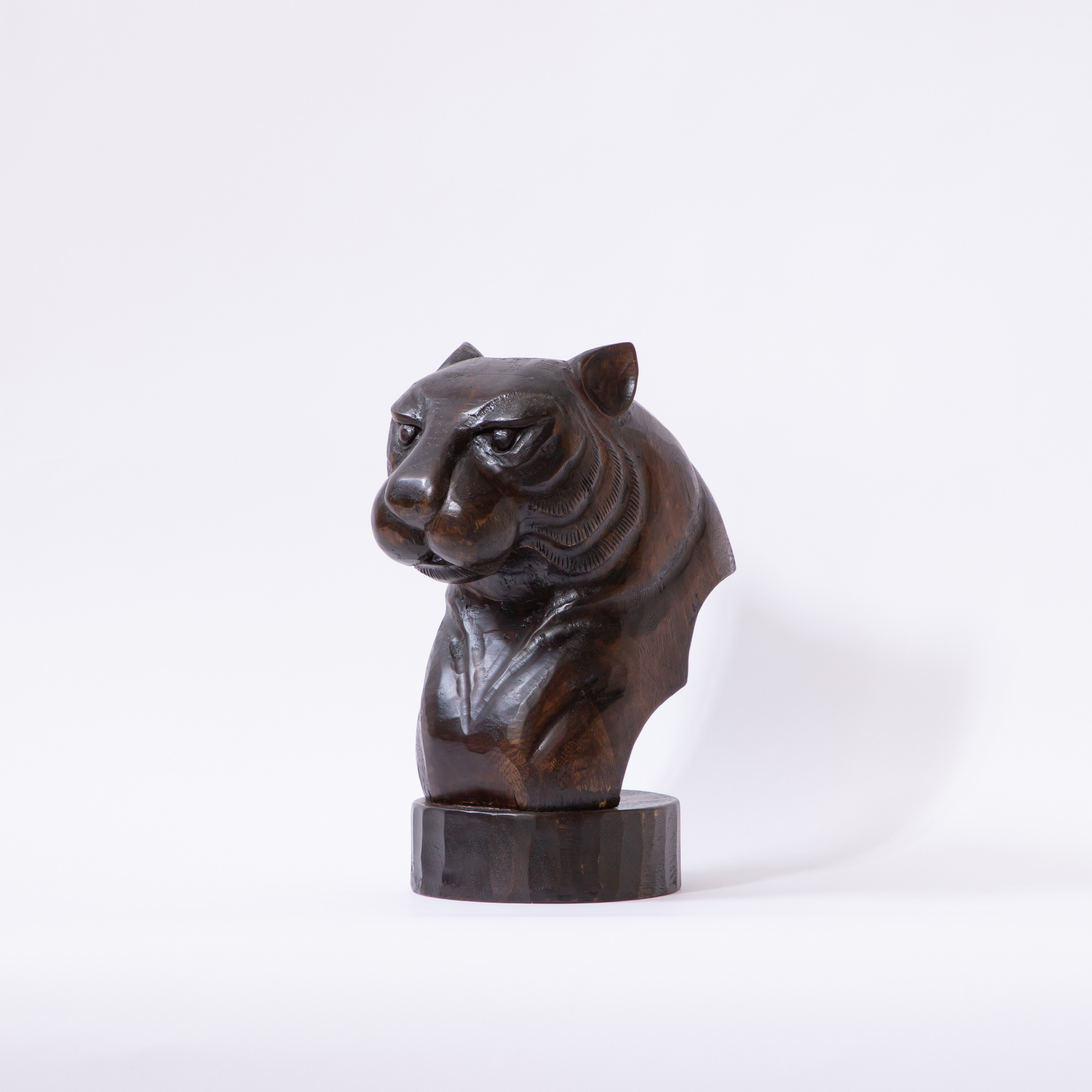 The Mountain Lion Solid Wood Décor Object